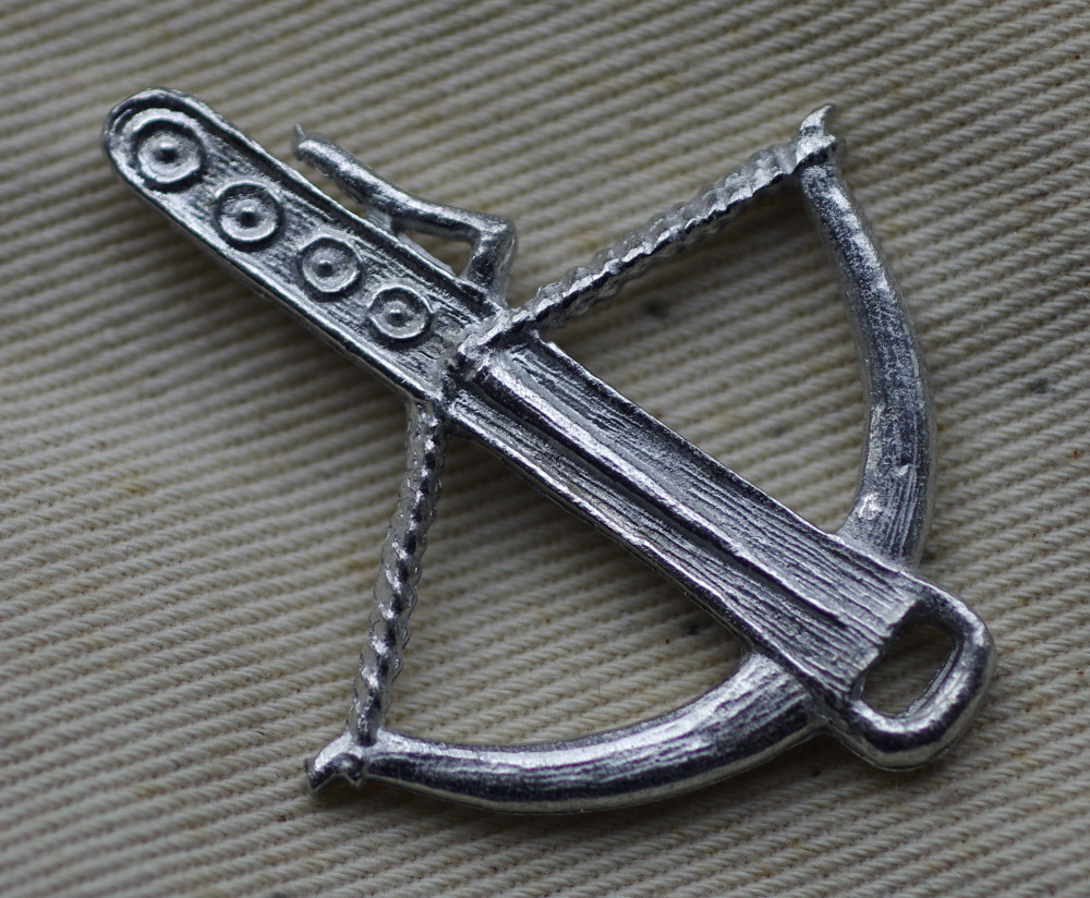 Crossbow pewter badge