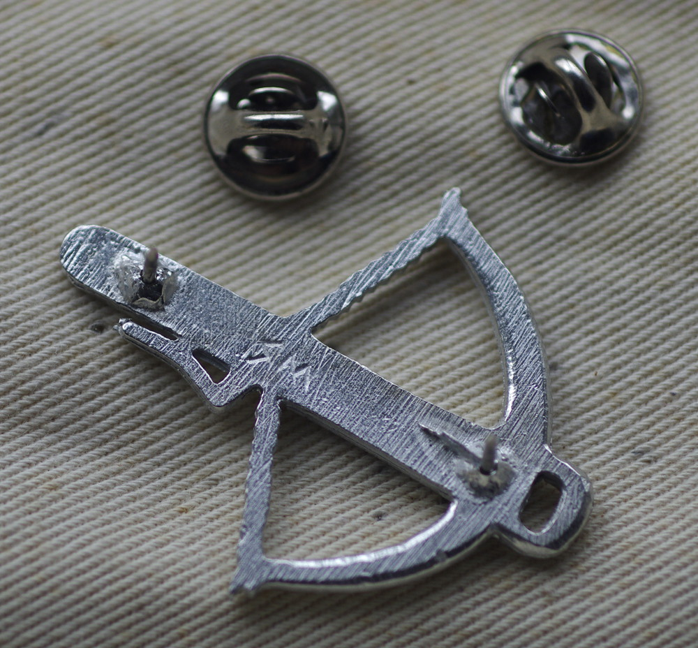 Crossbow Pewter Badge Rear