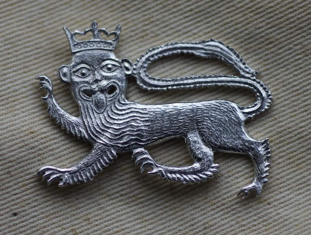 Crowned Lion pewter badge